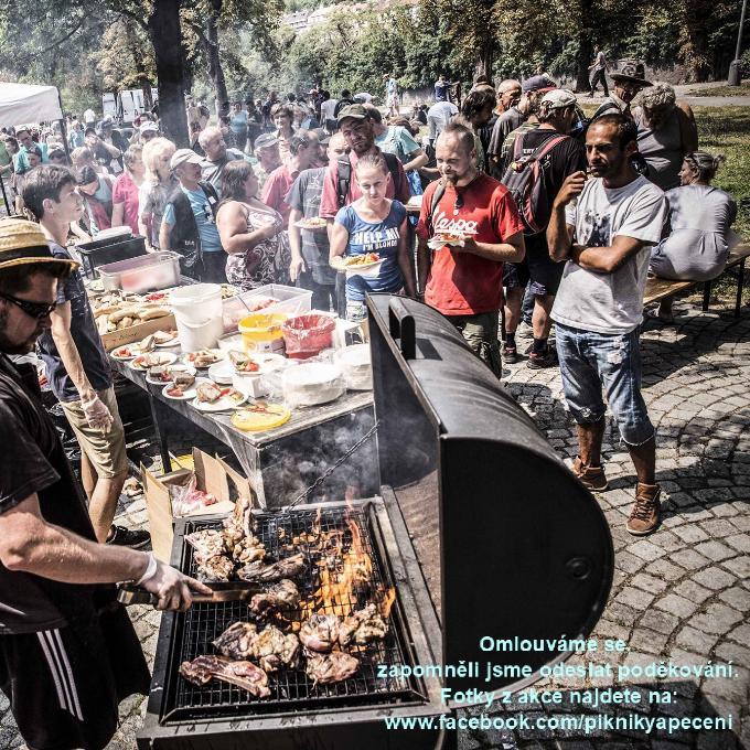 Piknik pro lidi bez domova a jejich čtyřnohé přátele