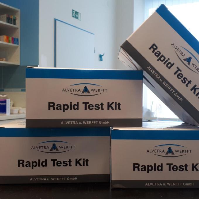30 testů na FIV a FeLV